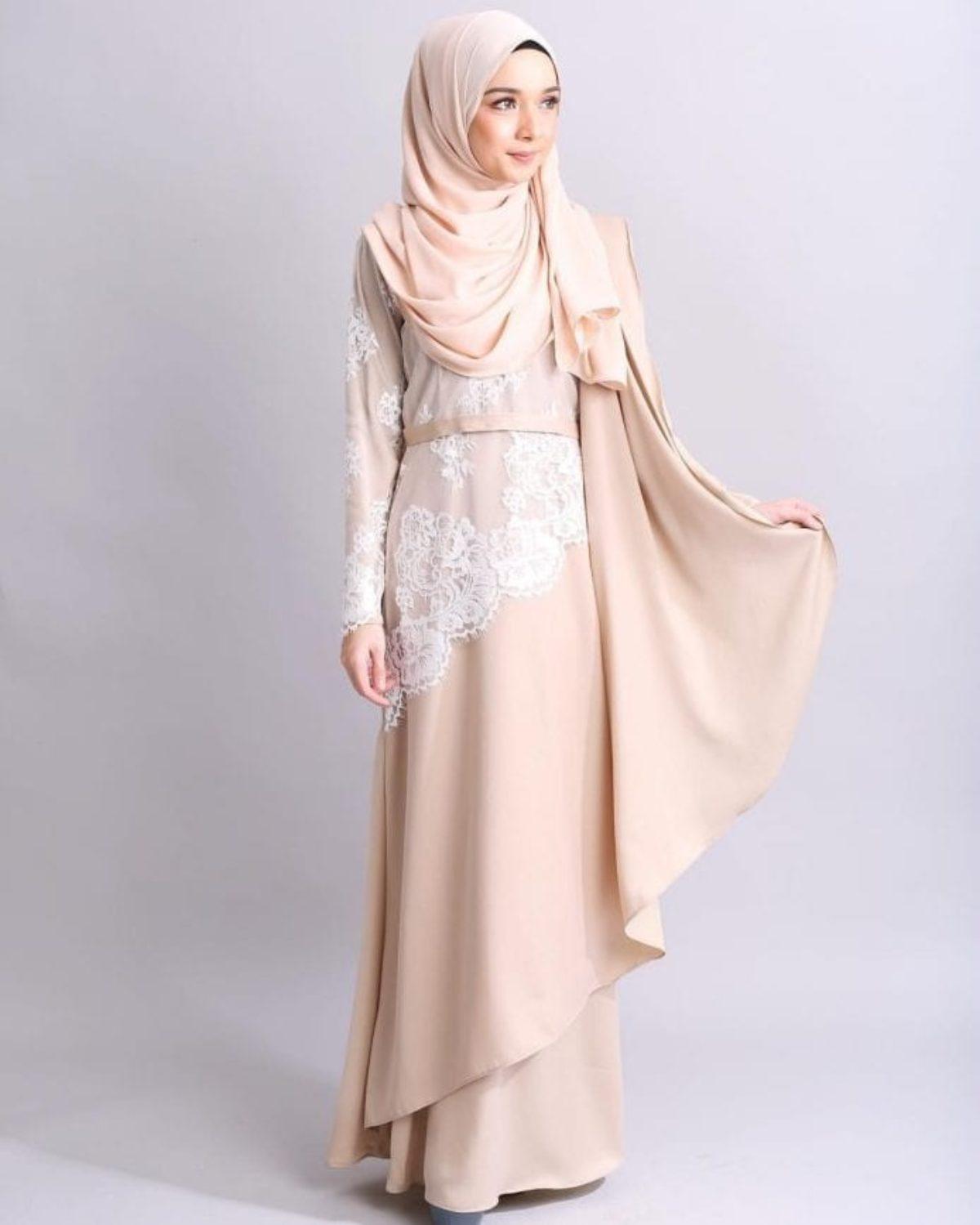 Tampil Trendi Dengan Busana Muslim Abaya Kombinasi Brokat Portal Berita Ulasku Com