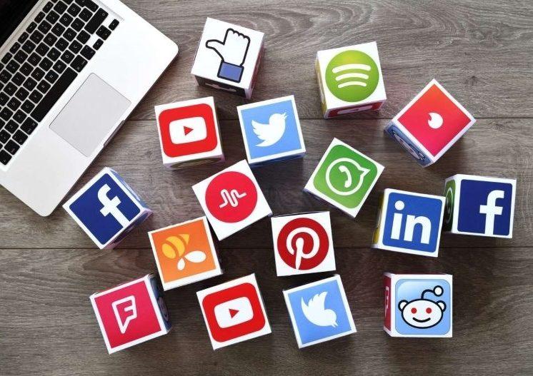 Media Sosial Paling Populer Memberi Banyak Mnafaat dan Keuntungan